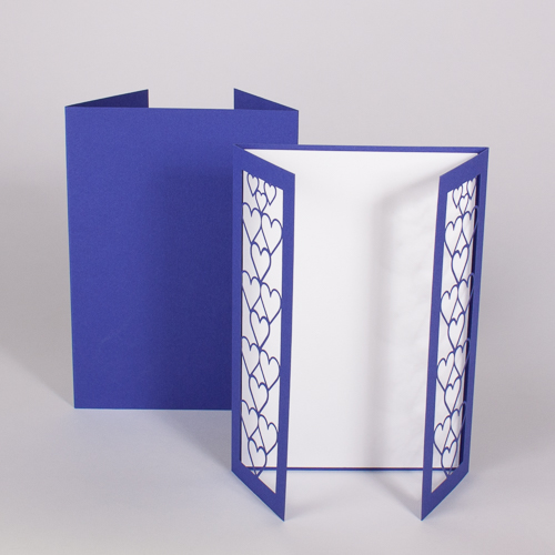 Gatefold Herz royal blue / pristine white